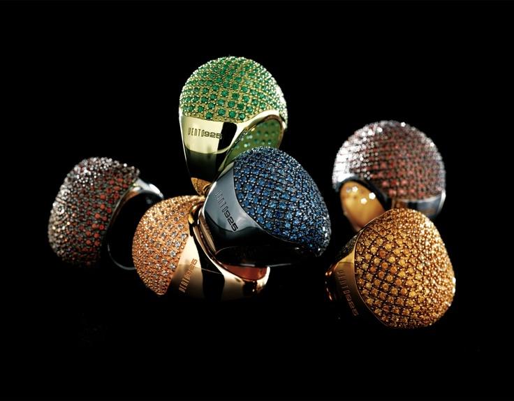 Pick your color! #Pesavento is te koop bij Rob Lanckohr, Atelier voor Juwelen. www.lanckohr.nl