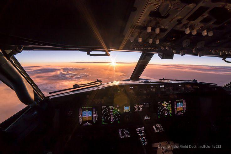 https://flic.kr/p/D4DLBE | Boeing 737 - Cockpit sunset | Canon 6D + Samyang 14 f2.8 14mm | f/11 | 1/30 | ISO250