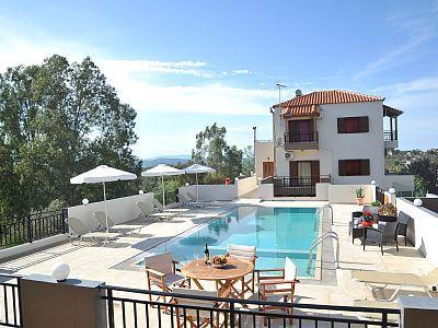 Rethymno villa rental - Villa Maria can accommodate up to 10 guests!