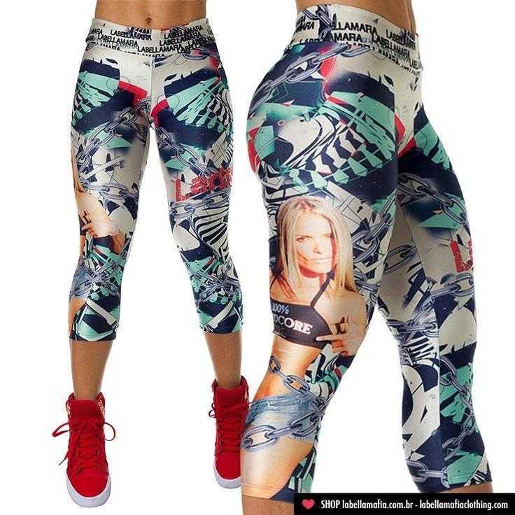 Larissa Reis workout pants! WANT!
