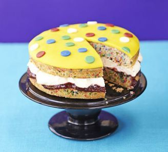 pudsey - spotty cake - Make some dough for Children in Need - Show off your baking talents by baking some Pudsey bear spotty cake