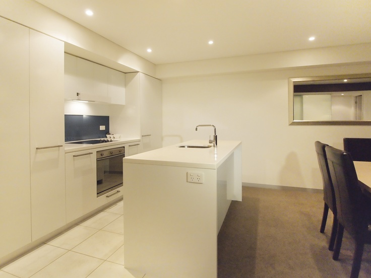 Oaks Horizons - 2 bed exec riverview #1603 kitchen
