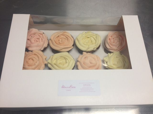 Box of Roses by Alana Rose Cakes