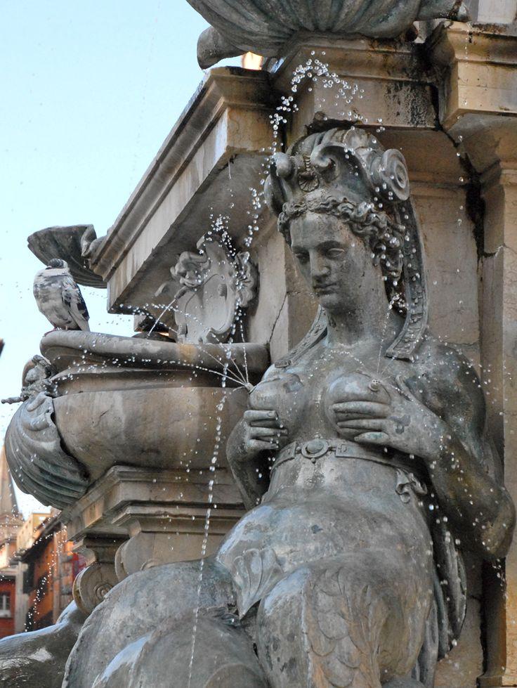 Détail de la fontaine de Neptune, Bologne