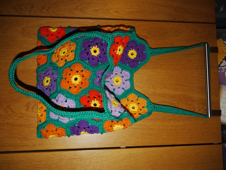 Flower crochet bag 2