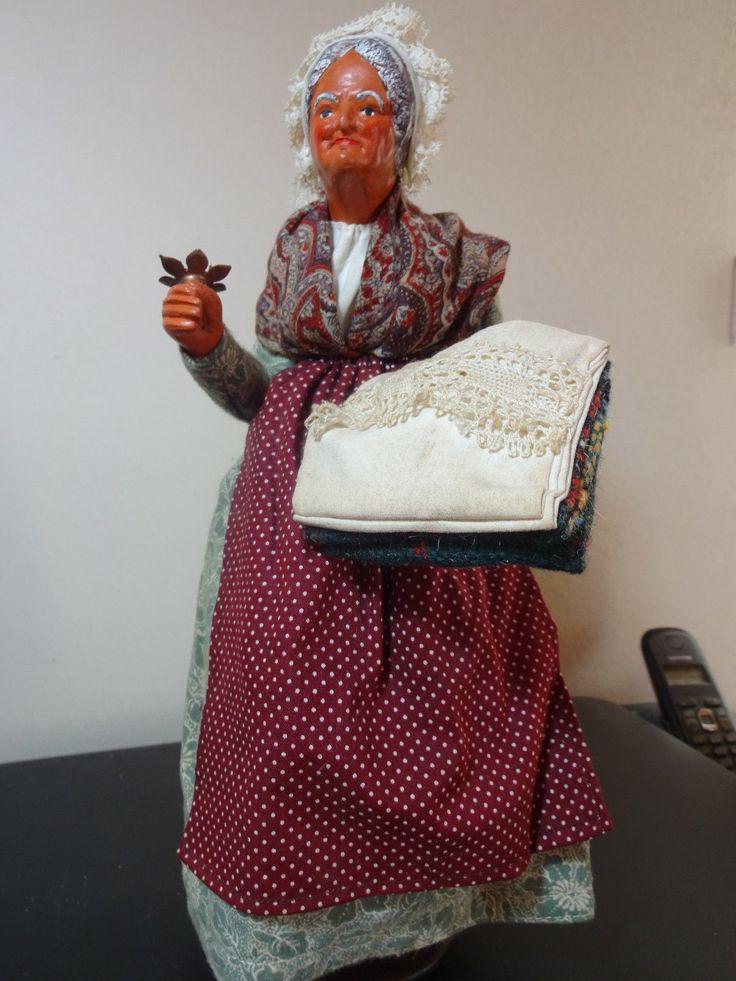 Ancien grand Santon de provence signé Simone Jouglas femme