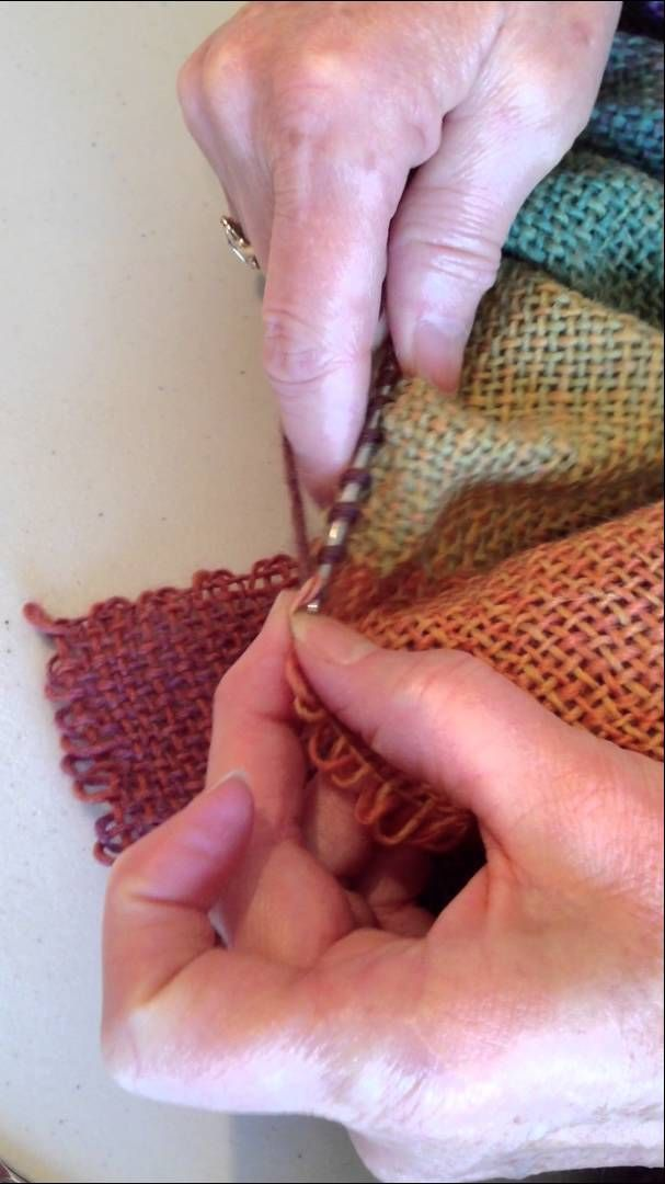 How to knit directly from your Zoom Loom squares for the ruffled scarf project