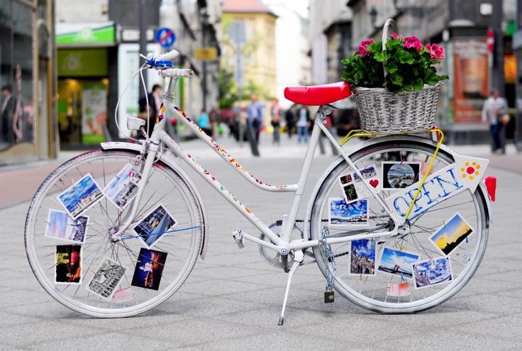 our new, handpainted design bicycle :)