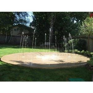 Backyard splash pad. How fun would this be?