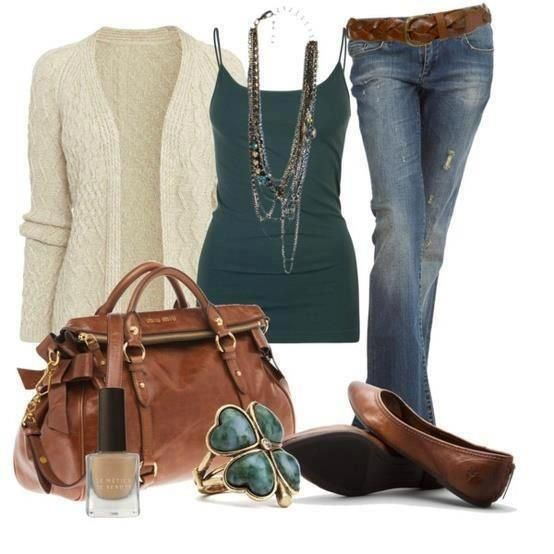 Great colour combination, fab shoes and nice bag in this relaxed outfit