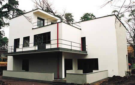 Meisterhäuser – Lyonel Feininger I Architekt: Walter Gropius I Baujahr: 1925-1926 I Adresse: Ebertallee 63, Dessau-Roßlau