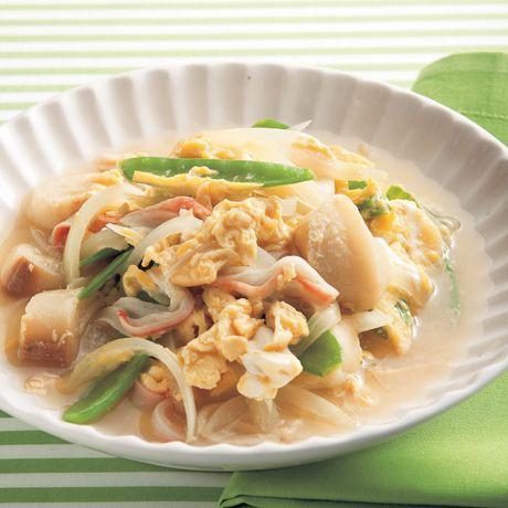 麩とかにかまの卵とじ   外処佳絵さんの卵焼きの料理レシピ   プロの簡単料理レシピはレタスクラブネット