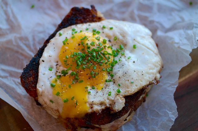 God mad og søde sager: Croque madame... eller bare en luksus toast?