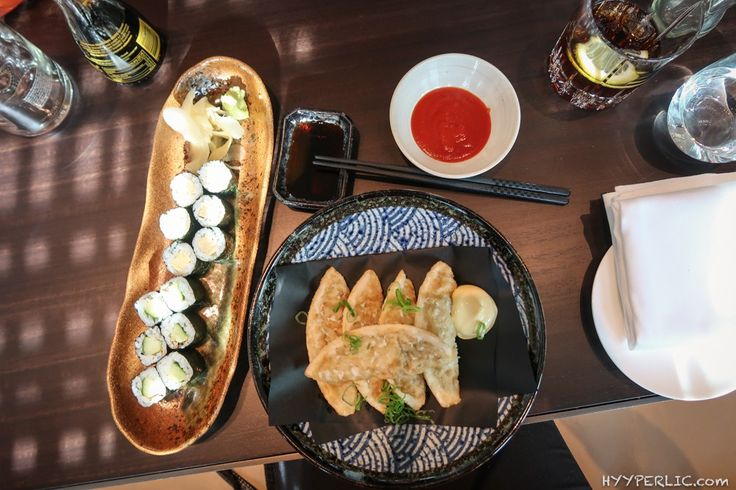 Japanisches Abendessen in Baden Baden: fried mandu, tamago maki und kappa maki im moriki Restaurant Baden-Baden im Designhotel Roomers
