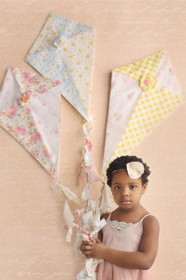 Fabric kites! | Kappa Alpha Theta #theta1870
