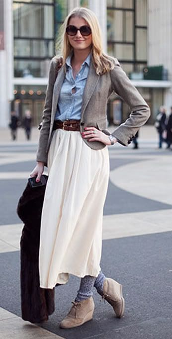 This outfit is well-proportioned and the shorter skirt shows off the cool socks and boots. Women's Fashion Design Skirts Long Maxi Skirts Trends Street Style Looks 2011 2012