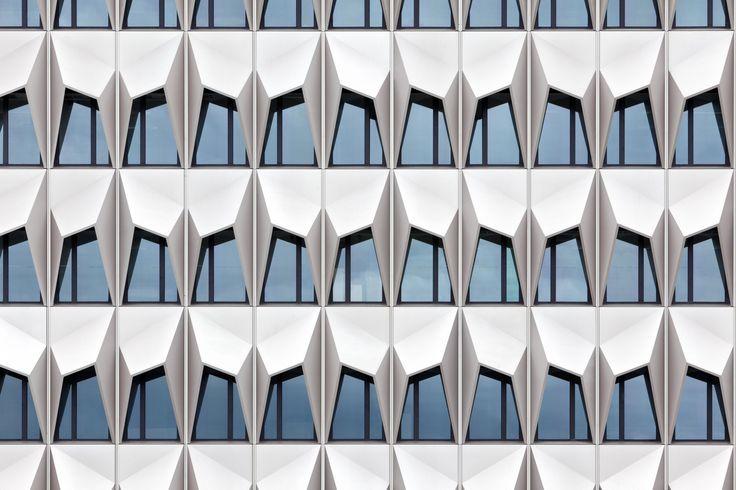 Hochhaus C10 der Hochschule Darmstadt - Fassade - Kultur / Bildung - baunetzwissen.de