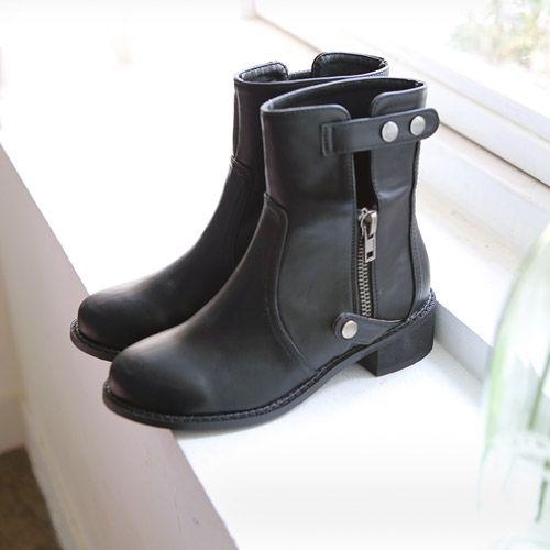 Womens Clothing Store [VANILLAMINT] By Cade Walker / Size : 230-250 / Price : 72.26 USD #dailyllook #dailyfashion #fashionitem #shoes #boots #walker #ootd #vanillamint http://en.vanillamint.net/