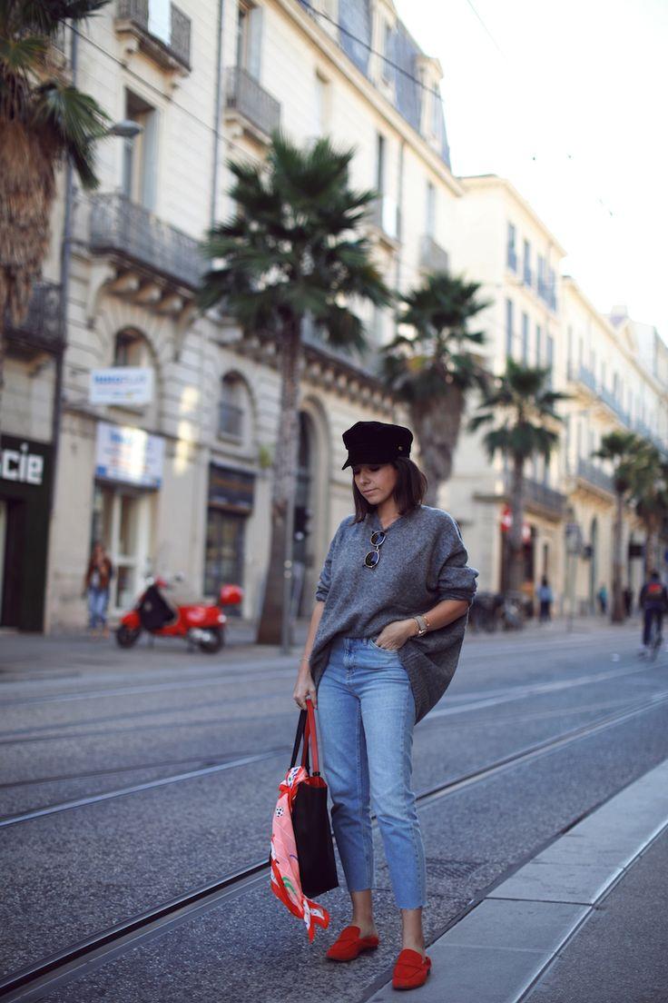 3 façons porter foulard Cyrillus Casquette marin Esprit Pull oversize gris Zara Jean droit Topshop Mocassins rouges H&M Blog mode tendances look automne 2017
