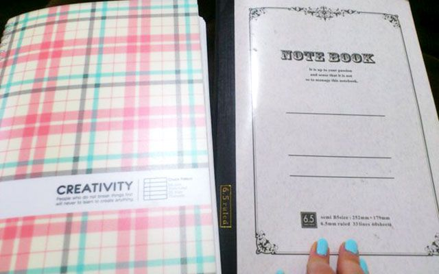「旦那からすごいクリスマスプレゼント貰った 」2冊のノートに込められた愛 – grape [グレープ] – 心に響く動画メディア