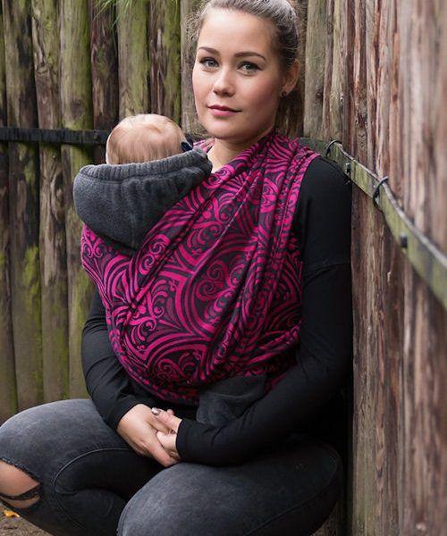 Aya Slings Ffynnon magenta woven wrap