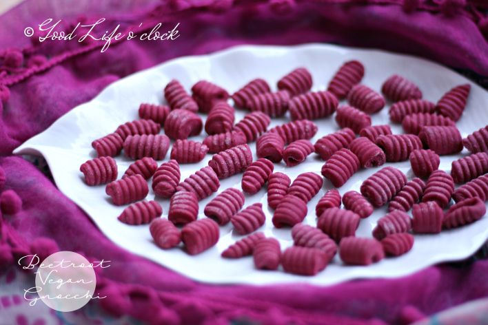 Vegan Beetroot gnocchi - Fresh Pasta by Good Life o'clock °°° Gnocchi vegani di barbabietola Pasta Fresca Good Life o'clock