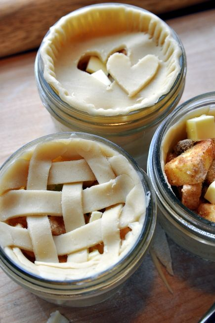 Apple pie in jars! Sounds reasonably simple to make