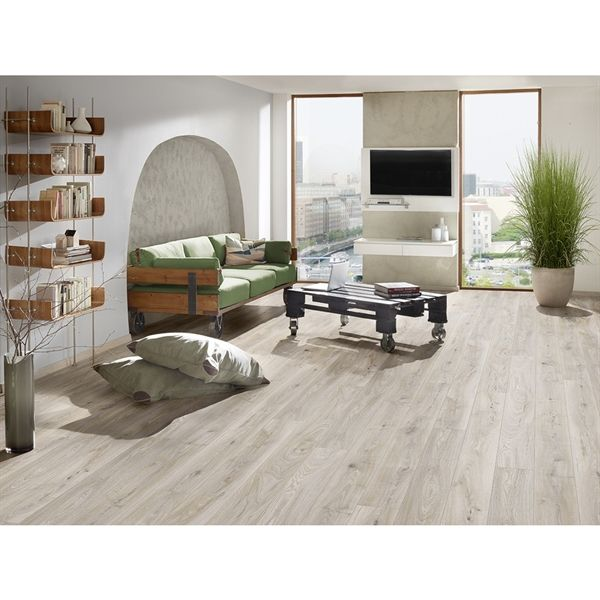 Shop Krono Original  My Style 7.5-in W x 4.2-ft L Manor Oak Embossed Laminate Planks at Lowe