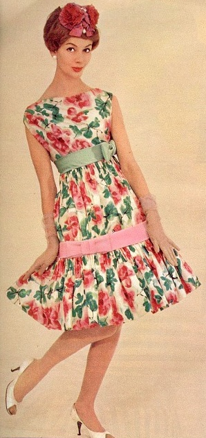 Fashion ♥ 1959: 50S Style, Floral Frock Up, Vintage Fashion, Flower Prints, 1950S Dree, Vintage Rose, 1950S Floral, 50 S Fashion, 1950S Fashion