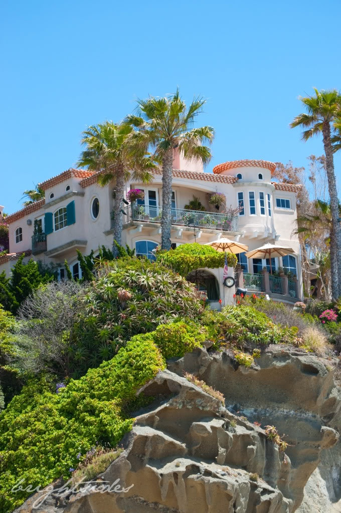 17 best images about beautiful homes of southern for Houses in laguna beach
