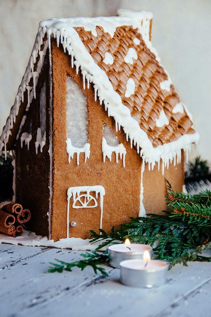 Gingerbread Cabin   Hint of Vanilla