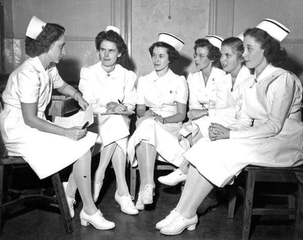 How Much Do Cnas Make In A Nursing Home