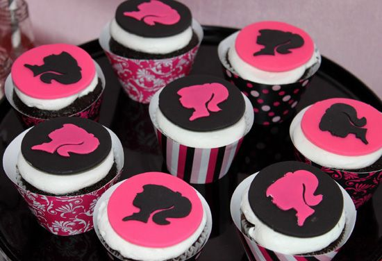 barbie cupcakes for a barbie birthday party