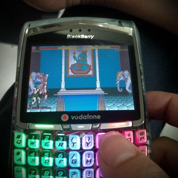 #inst10 #ReGram @phamquyen0201: #blackberry 8700 with the game street fighter so awesome :D #BlackBerry #BlackBerryClubs #BBer #BlackBerryPhotos #OldBlackBerry #BBOS #Classic
