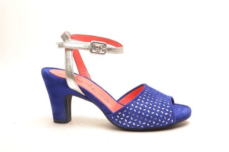 #pasderouge #shoes #summer #suede #silver #electric #blue #sandal