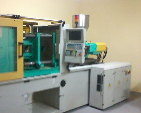 Produkujemy artykuły z tworzyw termoplastycznych na wtryskarkach przy użyciu zarówno form własnych, jak i form klienta. Standardowo przetwarzamy polistyren, polietylen, polipropylen a także tworzywa konstrukcyjne - poliacetal, poliamid, polimetakrylan metylu i wiele innych. Profesjonalny sprzęt, którego używamy przy produkcji jest gwarancją solidnie wykonanych usług. W razie jakichkolwiek pytań na temat naszej oferty, gorąco zachęcamy do kontaktowania się z nami drogą telefoniczną lub…