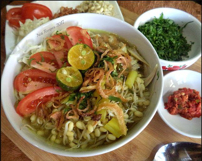 Soto Ayam Lamongan, Traditional culinary from Indonesia.