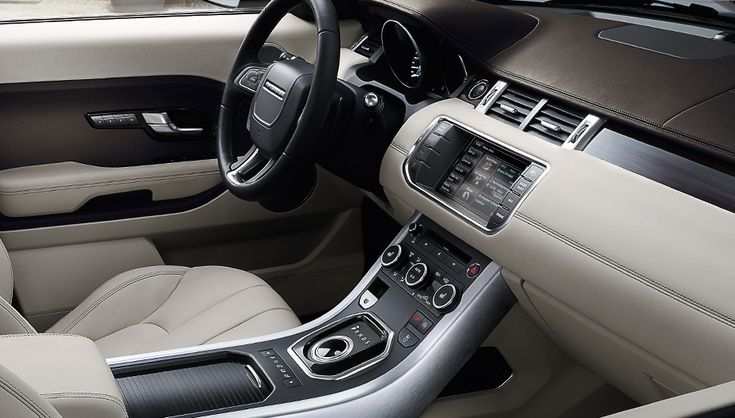 Contemporary interior styling (Vehicles shown are 2013 models)