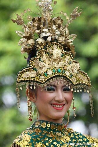 Traditonal Costume Bangka Belitung