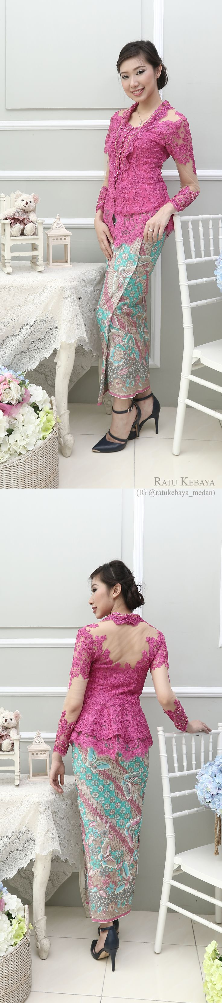 Kebaya @ratukebaya_medan. Kombinasi lace dan batik
