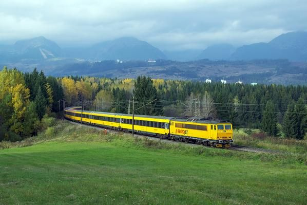 Regio Jet Praha-Kosice (SK). From this month, the private railways go to international market - by Regiojet - october 2014