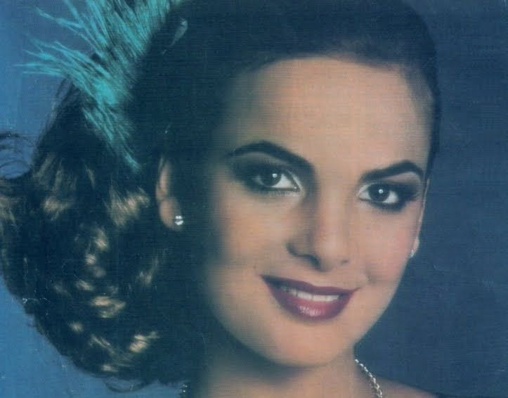 Maritza Sayalero was the first Venezuelan winner of the title of Miss Universe, she won at the tender age of 18 in 1979.