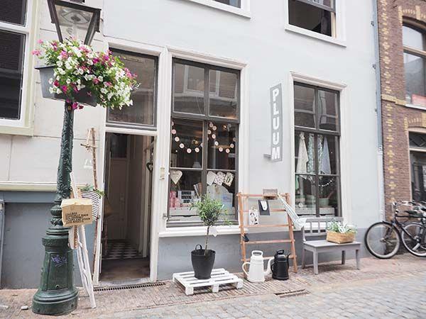 Pluum Leiden