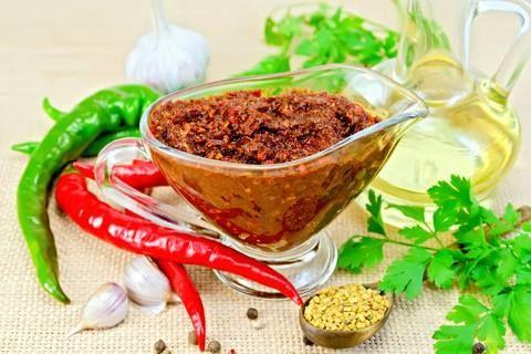 Homemade Shug (pepper sauce)
