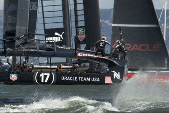 ORACLE TEAM USA si concede il bis e avvicina Emirates Team New Zealand | BLU&news