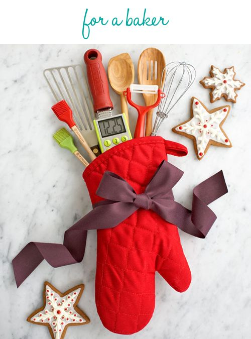 Great Idea for someone at Christmas!!! Love how it is presented in a kitchen mit!