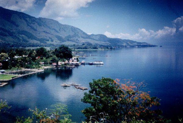 Sumatera Utara : Danau Toba