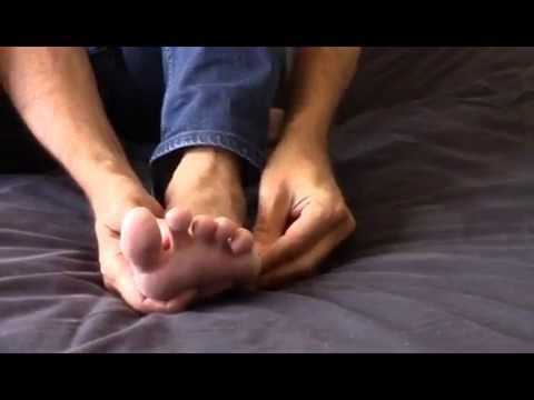 11 millions d'insomniaques en France. Cette vidéo va vous enseigner comment un simple auto-massage peut améliorer grandement cette très grande cause de fatig...