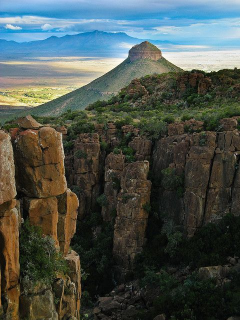 #LoveTheKaroo Spandau Kop  & Valley of Desolation in Camdeboo National Park near Graaff-Reinet, South Africa http://www.camdeboocottages.co.za/index.php/visit-the-valley-of-desolation