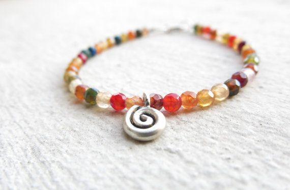 Small agates bracelet Multicolor agate bracelet by MarisaBecca #italiasmartteam #etsyshop #etsy #shopping #giftidea @etsy